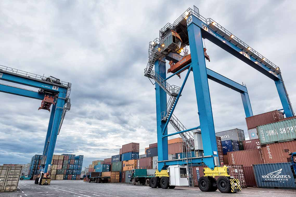 The-Konecranes-RTg-has-been-nonhydraulic..