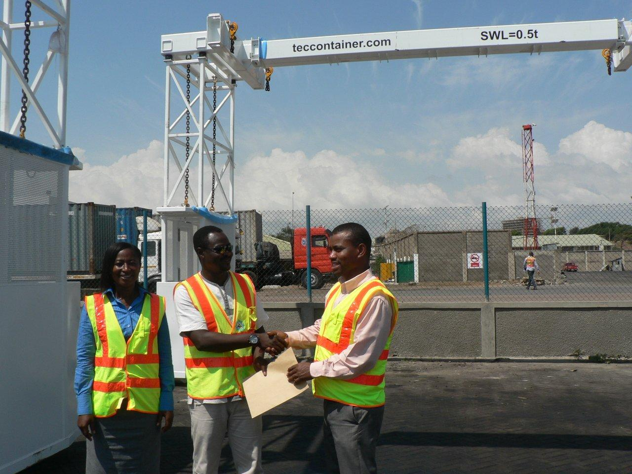 (L-R) Matilda Larbi, Prince Ayisi (Mechanical Engineer, GPHA) and Kenneth Vigbedor.